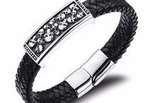 Skulls Bracelets / Make an ultra-sleek statement with our skull head leather bracelets