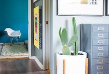 Decorating Idea For Hallway With Plants