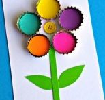 Recycled flower craft / This page has a lot of free Recycled flower craft for kids,parents and preschool teachers.