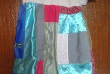 Meus trabalhos / Panos de prato com bordados, blusas e saias recicladas.