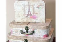 Vintage Storage Boxes / Our hot selling Vintage storage boxes can be used as jewellery boxes, make up boxes, toy organisers or gift boxes. With our shabby chic style boxes, you can organise your stuff and they will look great as well.