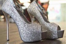 Shoes / by Laura Kolodny