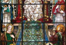 katolikus oltárok, olomüvegképek