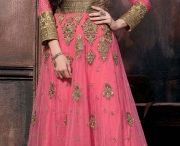 Lehenga Choli Online Shopping / Nothing changes up your look faster than a dupatta drape! Buy Lehenga Choli Online @nallucollection. We are sure about quality products & mateirals. http://www.nallucollection.com/