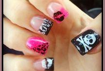 Nails / by Joe Charaty Leyba