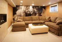 Family Room Ideas / by Rosalinda Cinquemani
