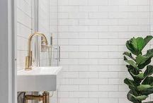 Interior / Bath