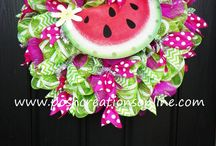 Wreaths / by Penny King-Wanless
