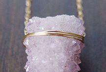 rings & things.