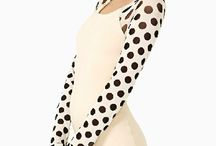 Dress  / Dotted sleeves