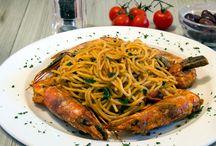 Kastro Oia Restaurant in Santorini