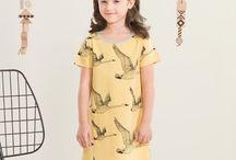 NOSH Clothing - Spring 2017 / Iloiset kevään pastellisävyt ilahduttavat uusissa vaatteissa ja printeissä. Kevään lasten uutuusmallistossa leikitellään joutsenien, pesukarhujen ja raitojen iloisessa joukossa. Tilaa tuotteet NOSH edustajalta tai verkosta nosh.fi/lapset (This collection is available only in Finland but you can shop these wonderful fabrics online en.nosh.fi)