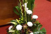kvety v kostole
