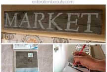 Market signs / Who doesn't love a good Market Sign?  So many DIY options and tutorials!