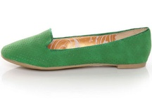to buy > shoes / by Caitlin Fitzharris