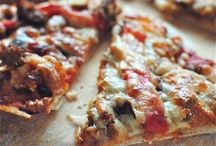 Pizza / Who doesn't love pizza? From great pizza crust recipes to unusual topping combos this should be your go to board for all things pizza.