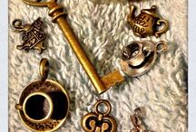Jewelry Charms / Jewelry Charms that inspire me, vintage and new jewelry!