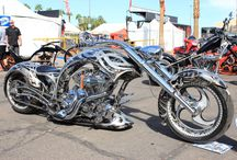 Motorcycles and cars / by Joe Groenewoud
