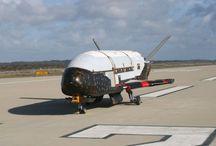 Mistero : X-37B: 5 teorie sulla missione segreta del misterioso aereo senza Equipaggio.