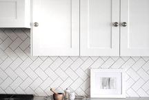 Kitchen backsplash / Kitchen tiling