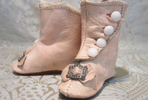 antique dolls shoes / Antique dolls shoes/ boots