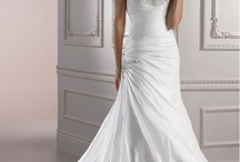 Dresses / collection of gorgeous dresses for any occassion (especially weddings) / by Ms Vanessa