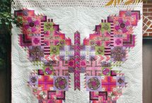 Butterfly quilts / Looking for quilt designs which incorporate many different fabrics but all with butterflies.