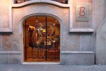 Tienda física / Fotos de nuestra tienda física, situada en la calle Girona 124 de Barcelona
