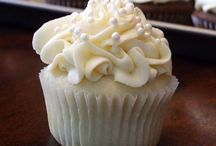 Recipes: Cupcakes / Cupcake Recipes to wow your friends and family with.