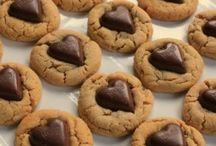 Valentine Recipes / Valentines recipe ideas or ideas for meals for Valentines day. For him and for her.