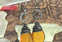 Beads & Jewelz: Earrings wire wrapped / by Jenny Lovenza