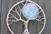 tree in wire