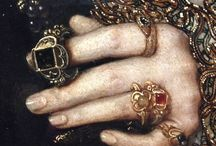 historical jewelery