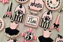 Minnie Paris Festa