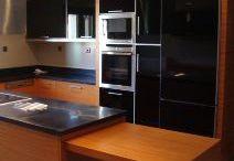 Κουζίνες / Ένα δείγμα από τη συλλογή μας σε κουζίνες μοντέρνες και κλασικές. Για πειρσσότερα σχέδια και πληροφορίες επισκευτείτε τη διεύθυνση http://www.serifis.gr/el/kouzines-303.htm