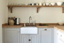 Open shelves oak / Kitchen