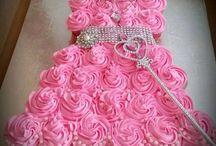 Cake / by Tori Ramsey