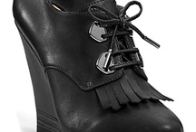 Shoes & Accessories / by Blackbird Ideas