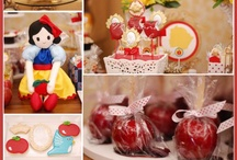 Snow White Birthday Party Idas / Fun Snow White birthday party ideas, including Snow White birthday cakes, cupcakes, Snow White themed treats, Snow White, decorations, party favors, and party activities.
