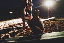 ● & | surf ●