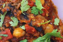 Dinners without Borders / A place to share international cuisine. What's your favorite international #recipe?  Join Dinners without Borders on Facebook at http://bit.ly/DNRwoB