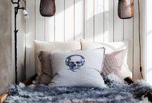 skulls / by Juanita Kenney