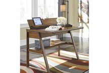 Creating the perfect home office / Perfecting a work space at home can be hard. Here's some tips!