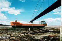 Wijnne Barends / Voor Wijnne Barends heeft Dizain (www.dizain.nl) een nieuw logo en de spraakmakende thematiek 'Just add water' ontworpen: opvallende beelden van varende schepen waarbij het water is weggelaten. De boodschap: 'als u het water toevoegt, zorgt Wijnne Barends voor de rest'. Het is een bijzondere visualisatie van de rederij als full service logistiek dienstverlener.  De nieuwe thematiek is gelanceerd tijdens Delfsail 2009.