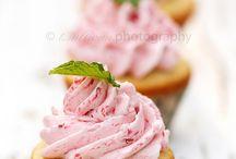 Cupcakes / by María Lunarillos | tienda & blog |