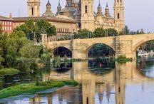Virgen del Pilar / Artículos relacionados con la Virgen del Pilar y las fiestas de Zaragoza