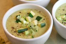 Soups and Stews / Delicious looking soup and stew recipes!