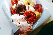 Букеты из пончиков