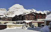 Skiing Holidays / Amazing ski holidays all around Europe!! Including Cub Med and some other really cool vacation ideas