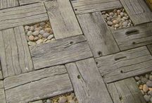 wood and pebbles paths